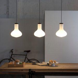 luminaire suspension bulb de Carpyen Barcelona, disponible chez l'Atelier Marceau