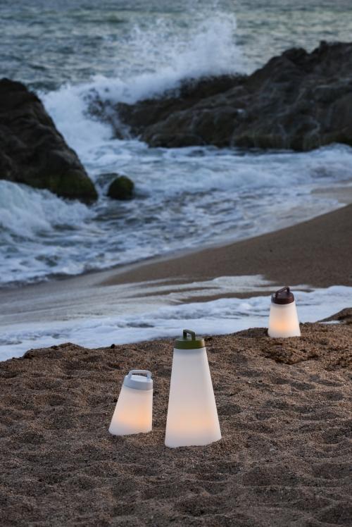 lampe à poser mini-sasha, disponible chez l'Atelier Marceau